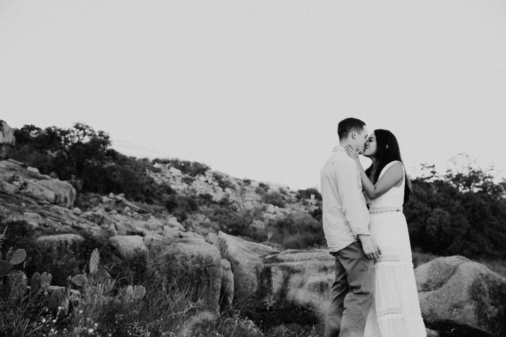 Enchanted Rock Engagement Photoshoot